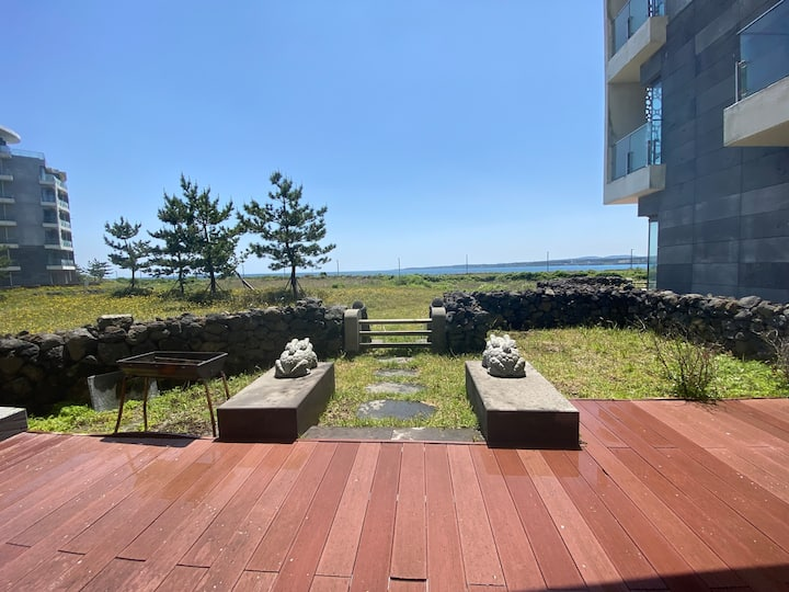 D4_A Relaxing house with ocean view in Seopjikoji