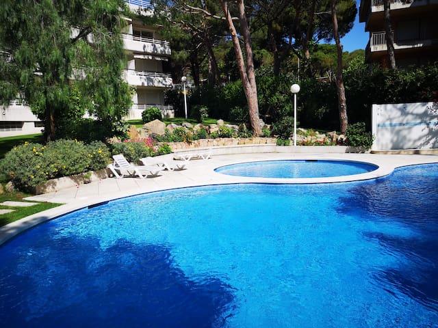 Bel appartement avec piscine La Fosca Palamos