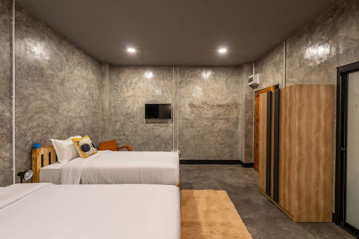 Take your time hostel At Doi Suthep Twin room
