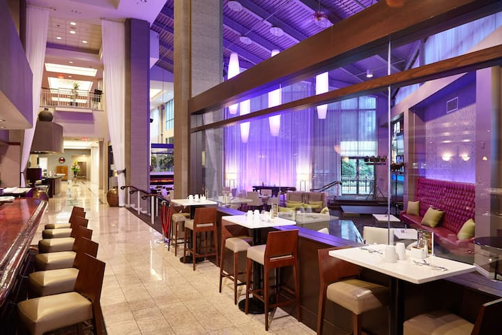 Executive Plaza Hotel Metro Vancouver