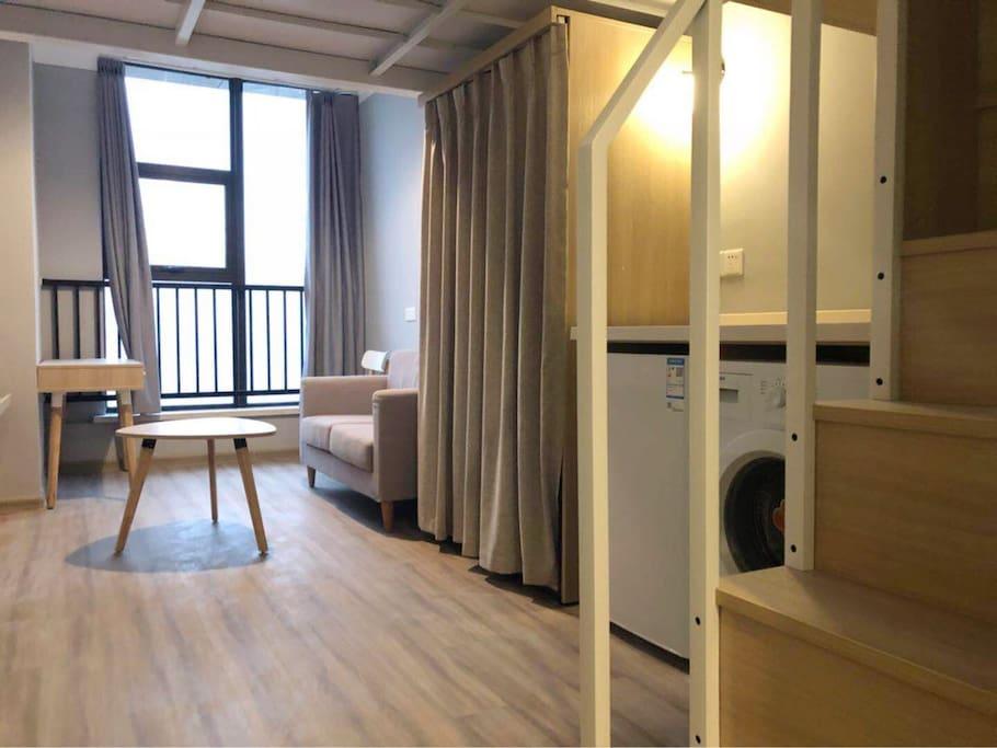 loft房型一楼客厅卫生间