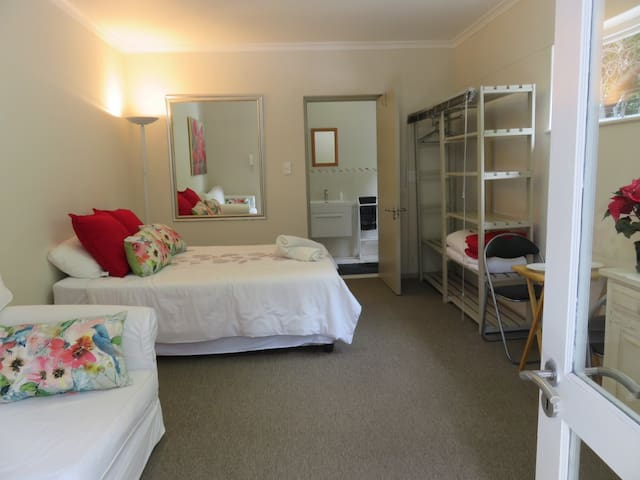 Private bedroom and bathroom, own entrance in garden https://www.airbnb.com/rooms/16142135