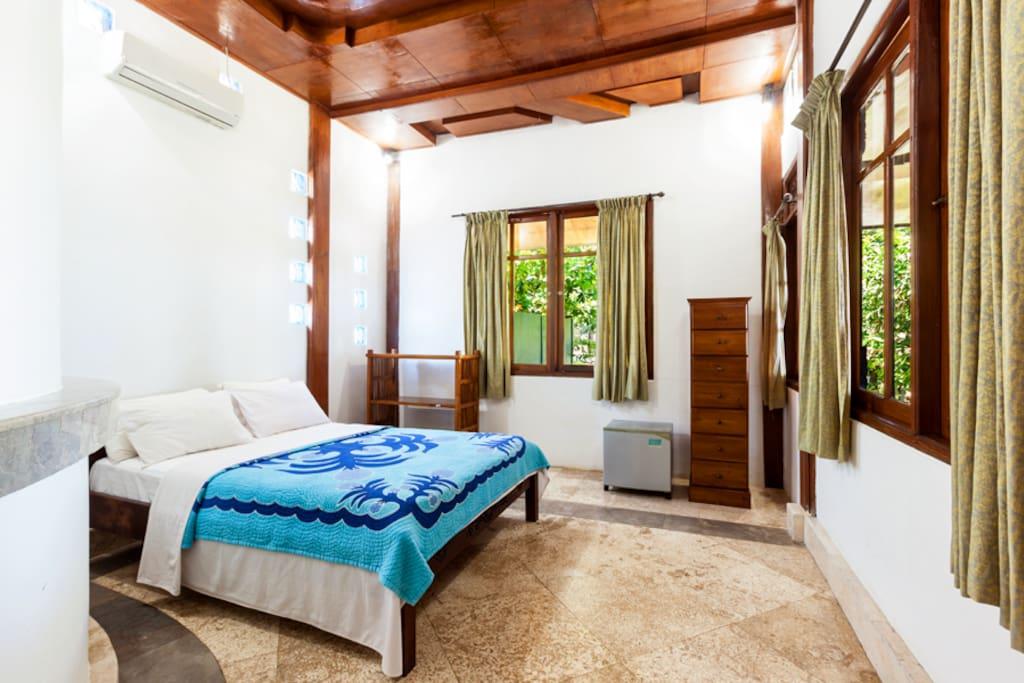Bedroom 2 (Ocean View 2)