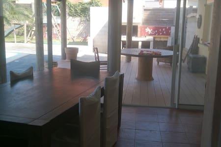 Villa avec piscine - Villemolaque - Σπίτι
