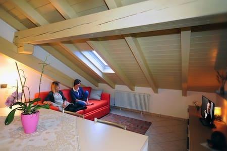 Appartamento mansardato a Cogolo - Cogolo