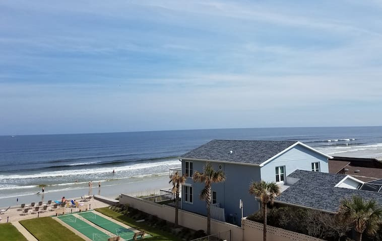 Beachfront Condo with All the Amenities of Home