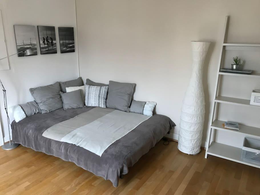 Chambre avec lit 140x200cm