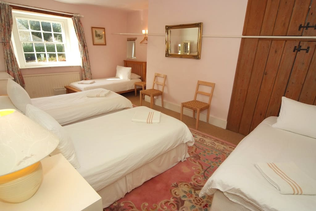 Rooms To Rent In Wychwood