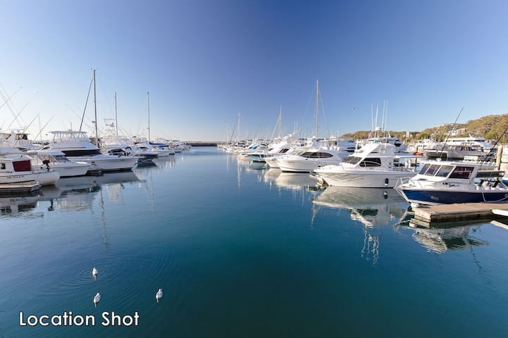 Baydream, 13 Pirralea Parade - pet friendly, aircon, boat parking