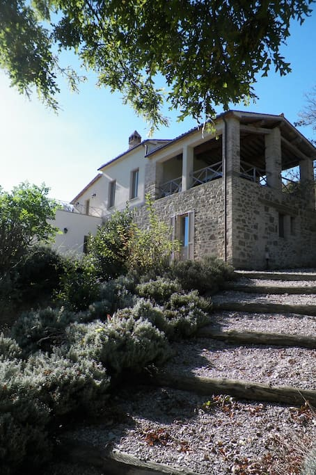 Fantastic spacious and bright villa with superb views and great covered terrace.