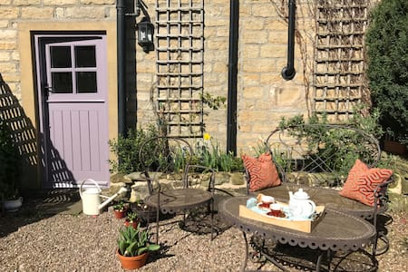 Chocolate-box cottage in Holmfirth - Holmfirth - Chalet