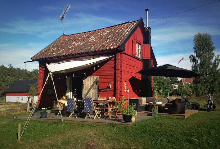 Vacation house in the archipelago - Djurhamn - Hus