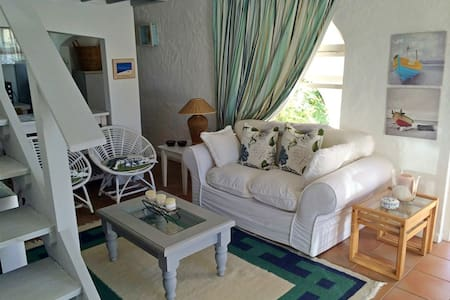 Sea Shell Cottage Plettenberg Bay - Bungalo