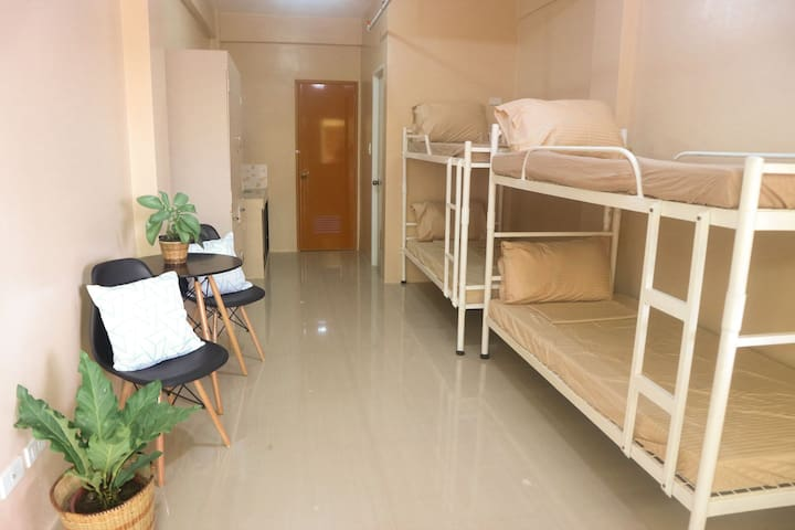 BUDGET room for four (B) | Iloilo City| Happy Hues