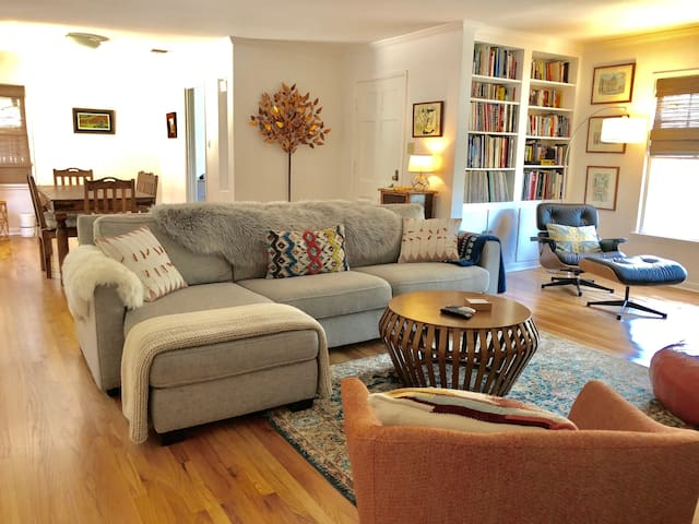 Comfy Quiet Hillside Home, Eagle Rock, Los Angeles