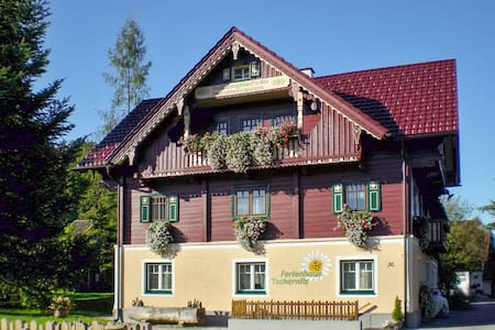 Styrian chalet-style house w garden - Pruggern