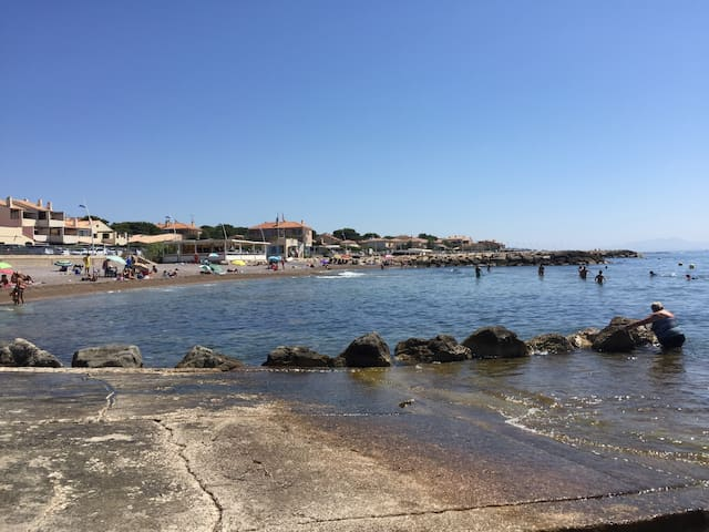 Appart dans Résidence face aux plages, Clim & Wifi
