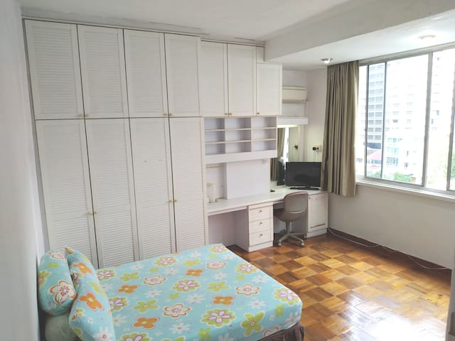 © Family Room with Private Toilet at Orchard