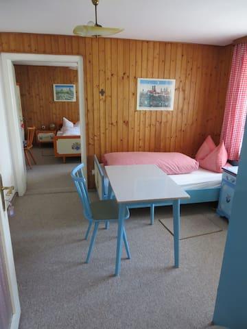 Gästehaus Huber - 4er Zimmer 4 beds - Feichten - Talo