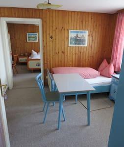 Gästehaus Huber - 4er Zimmer 4 beds - Feichten - Hus