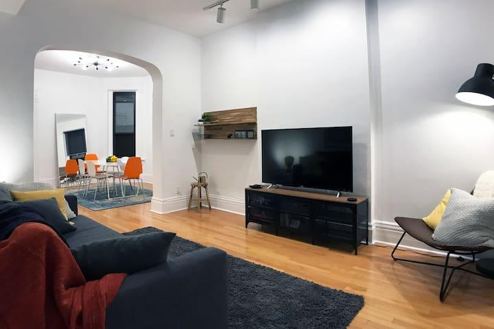 Lincoln Park/DePaul 3BR Apartment