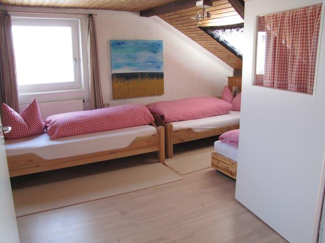 Gästehaus Huber - 4er Apartment - Feichten - Casa