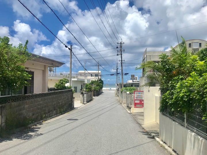 【Yomitan】読谷村の海まで徒歩でいけます!静かな場所で長期滞在も可能