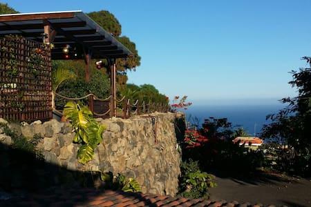 Privates kleines Haus mit Blick aufs Meer - Icod de los Vinos