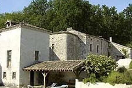 PIGEONNIER en pierres du Quercy - Roquecor