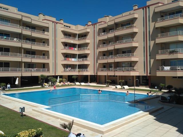 2-Bedroom Beach Apartment between Porto and Aveiro