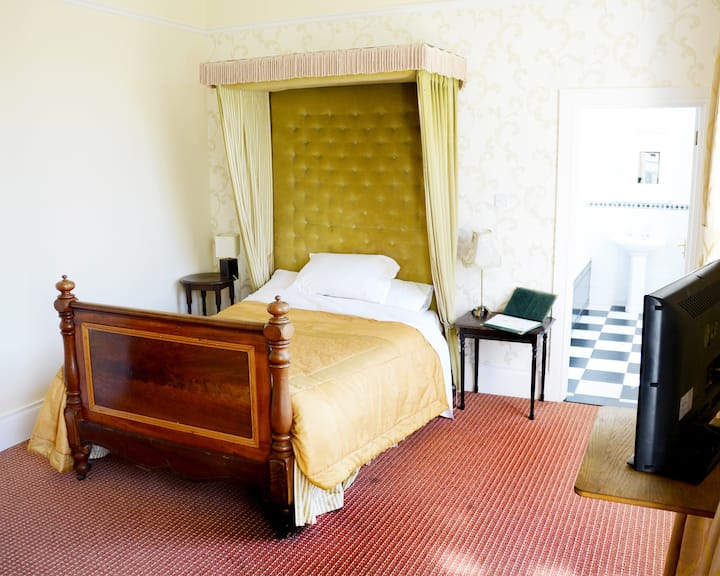 Room 8 in historical Belmont Hall
