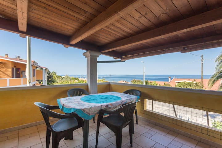 Guest House with sea view - 1°Floor, Wi-fi