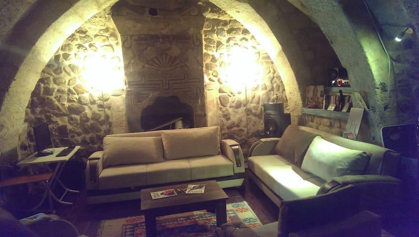 Hexagon Cave House Cappadocia - avanos - Huis