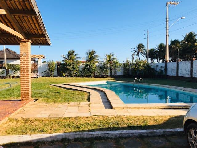 Casa p/ 12 ou mais pessoas em Morro Branco - CE