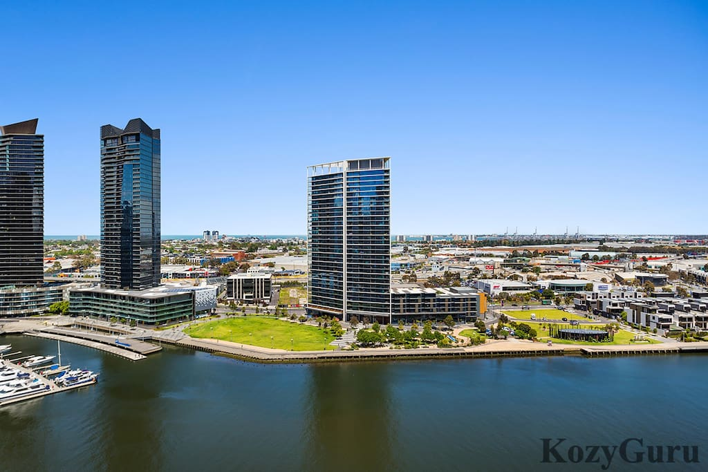 Actual View From Balcony | Yarra River View!