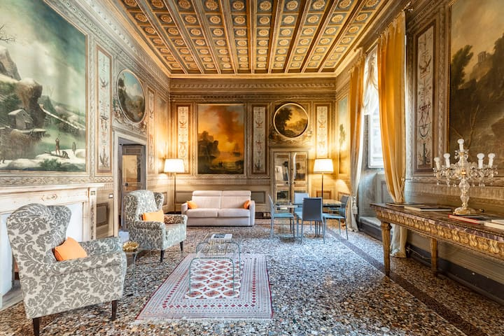 The Princess Suite Palazzo Borghese