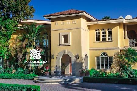 La Esmeralda Hotel Petit & SPA - Atlixco