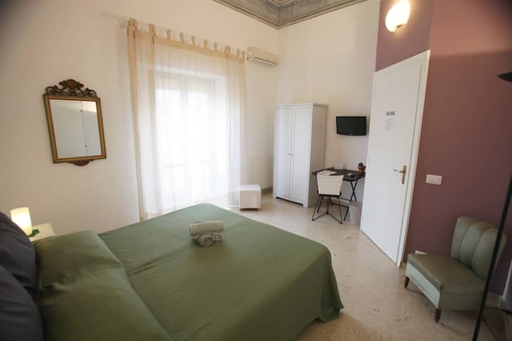 B&B Romantic Suite #Trapani Centro #Breakfast
