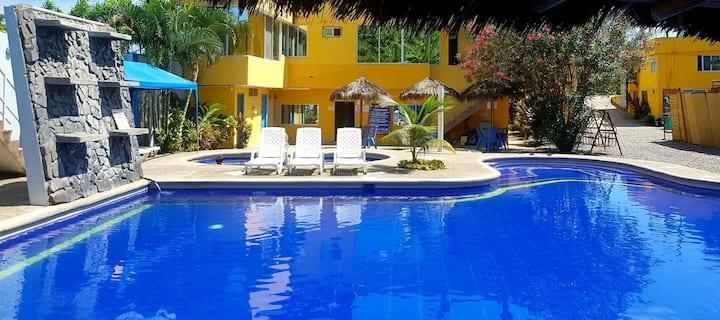 Mini suite con piscina