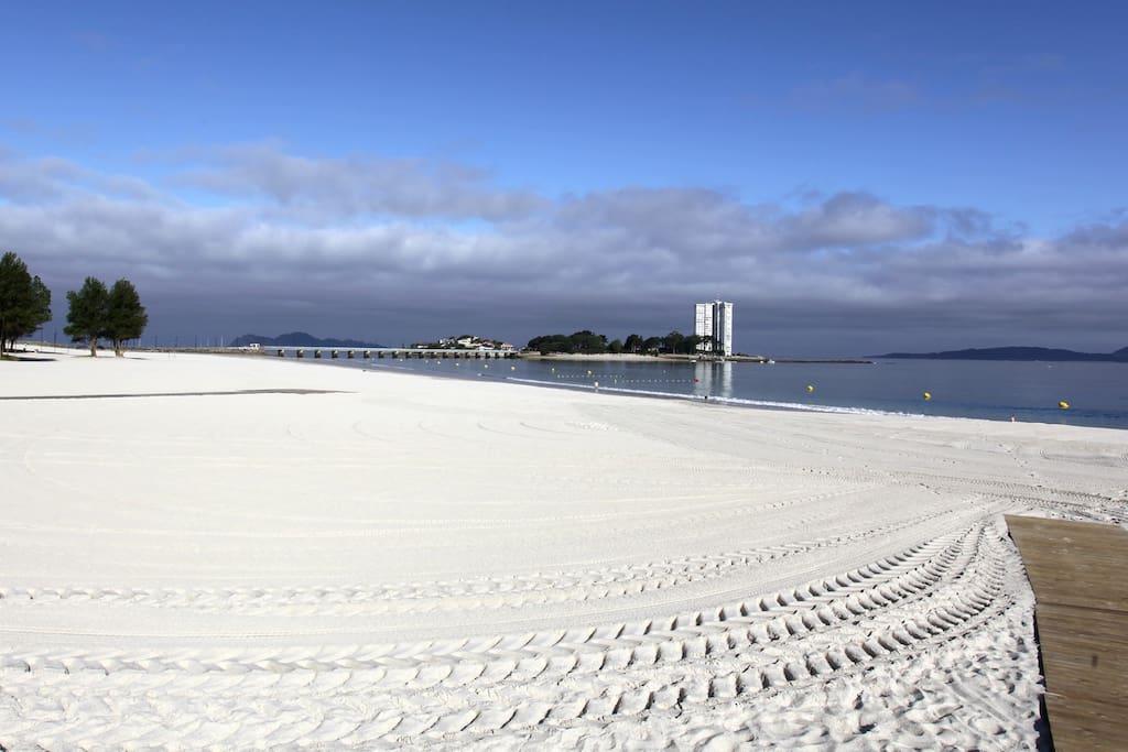 A unos metros de la playa del Bao