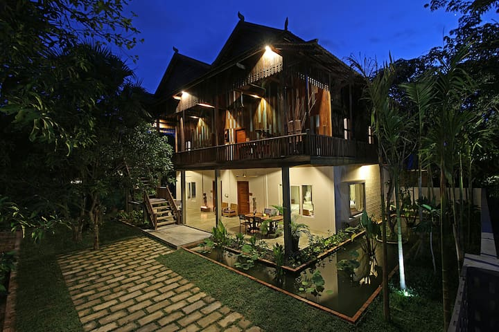 ISANN LODGE - Unique Khmer Villa+Pool - Krong Siem Reap - Casa