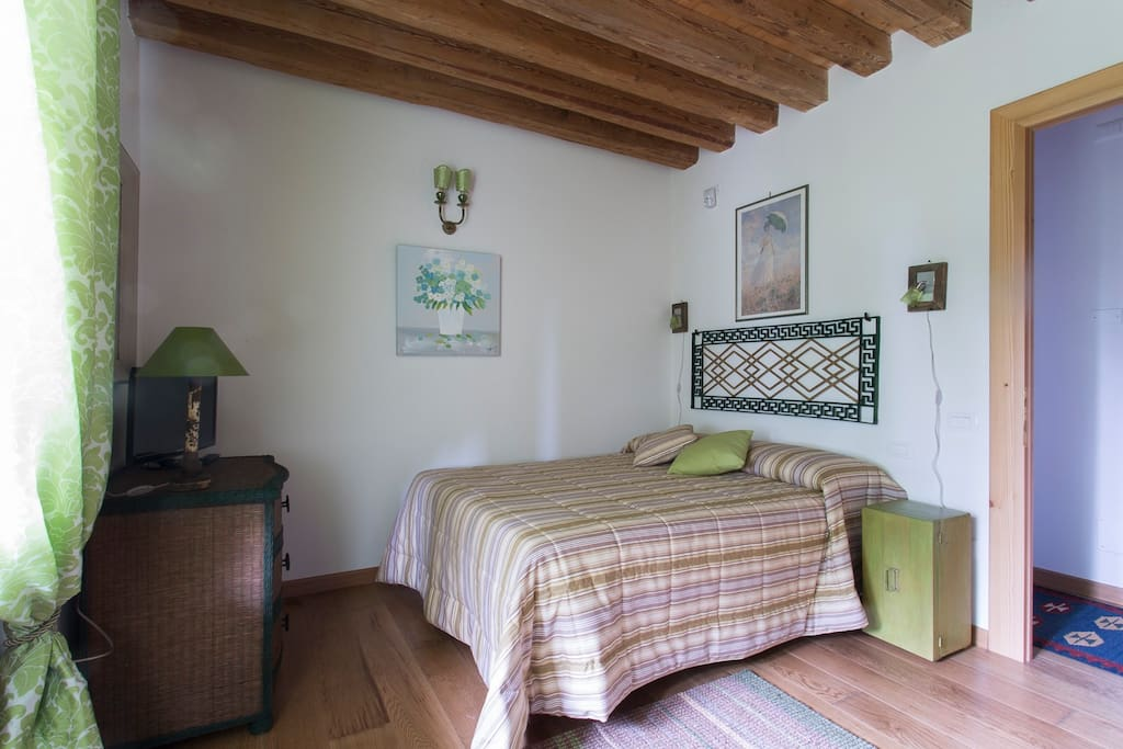 Camera verde bed and breakfasts for rent in spresiano for Piani di casa di campagna francese
