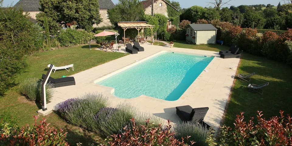 Domaine Le Muret - Saint-Salvadou - Bed & Breakfast