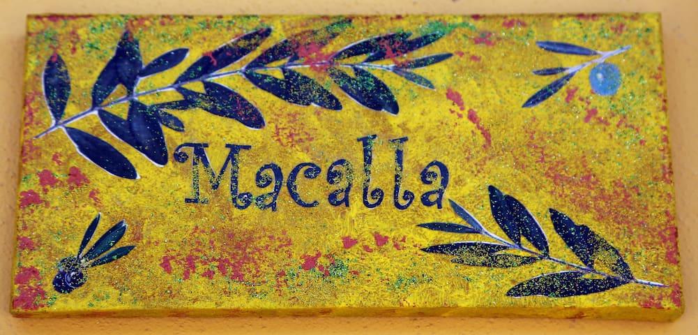 """""""Macalla. Un'oasi. Per chi ama la natura"""""""