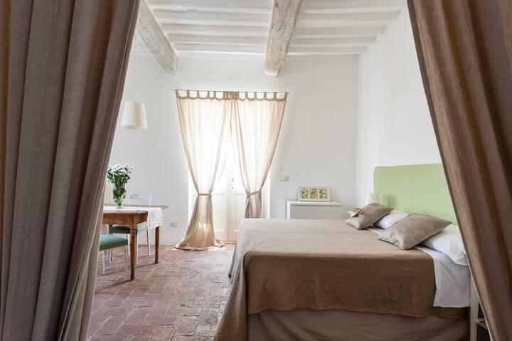 B&B Naturae charming room near Pisa