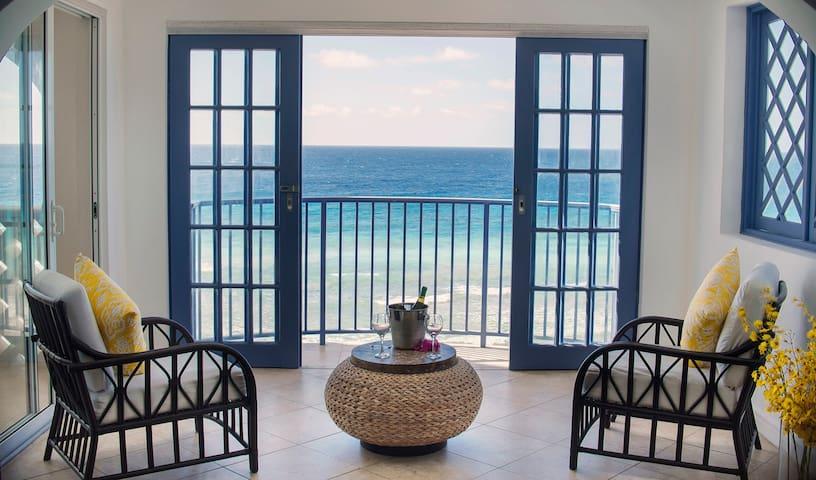 South Ocean Villa 402- Villa on the boardwalk