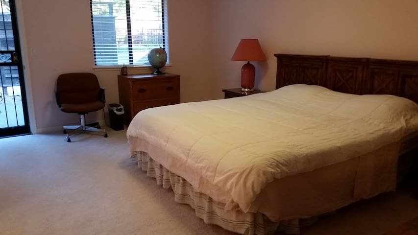 Master Bedroom - Folsom - Casa
