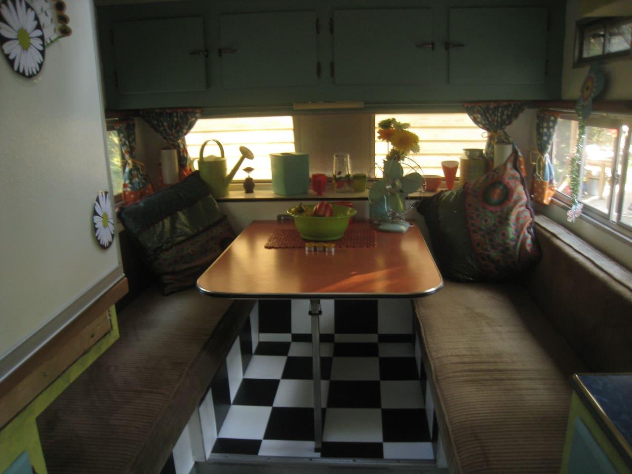 vintage trailer, queen bed,