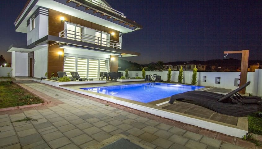 Tala 14 - 4 Bedroom Luxury Villa with Private Pool - Fethiye - House