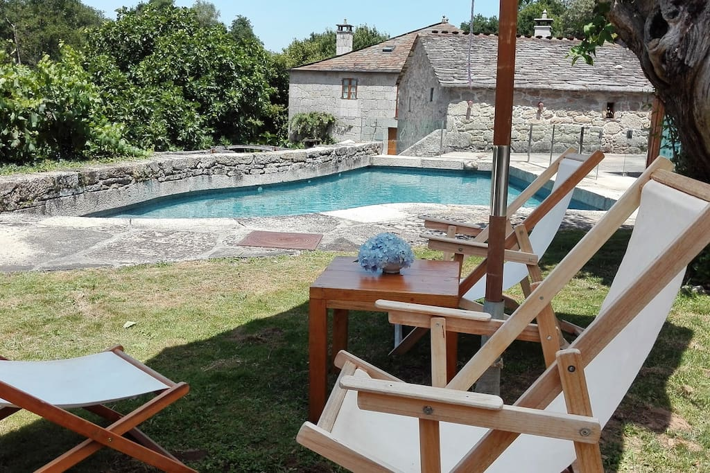 Casa Grande da Fervenza, casa rural de Pazos de Galicia situada a 15 km de Lugo en el Bosque da Fervenza (Premio Nacional Bosque del Año)